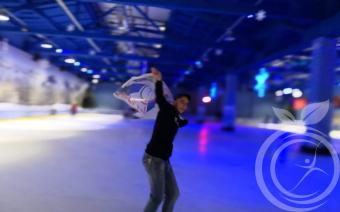Ледовый каток и лечение наркомании в Крыму
